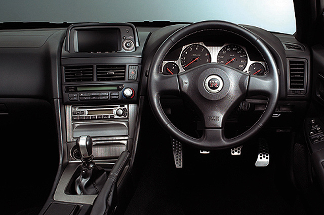 R34 GT-R inpanel